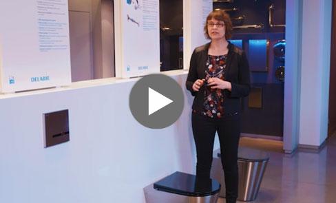 Découvrez en vidéo le WC Inox S21 S, qui combine design et économie d'eau