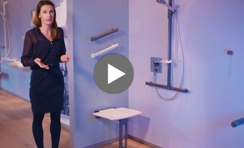 Découvrez en vidéo le siège de douche rabattable Be-Line®, dans l'air du design pour tous